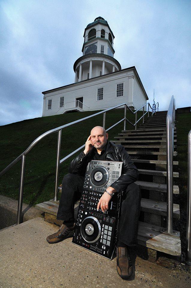 Halifax DJ Jeff Knee